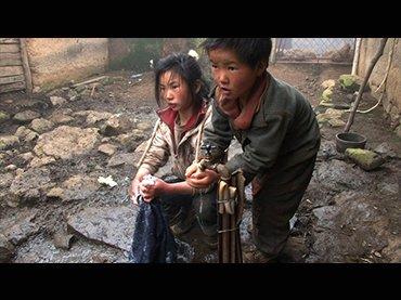 Wang Bing. Three sisters, película, 2012