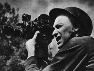 Retrato de Roman Karmen, autor de Moskva–Karakum–Moskva [Moscú–Karakum–Moscú], 1933