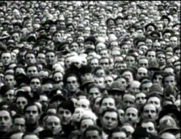 Adam Curtis. The Century of the Self. Episode 1: Happiness Machines [El siglo del Yo. Episodio 1: Máquinas de felicidad]. Película, 2002