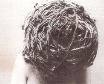 Nigel Rolfe. La cuerda que nos une nos hace libres, 1983