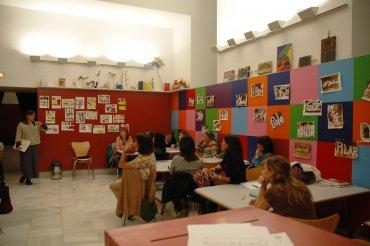 Desarrollo de una de las sesiones con los profesores asistentes. Museo Reina Sofía, 2008