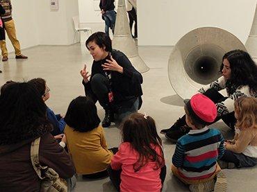 Actividad Lo que hay en juego, Museo Reina Sofía