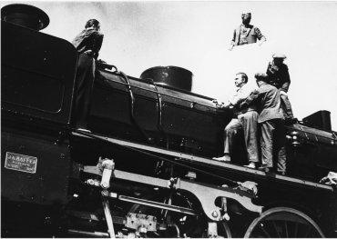 imagen de Willy Otto Zielke. Das Stahltier,1935. Copia e imágenes cortesía de la Deutsche Kinemathek, Berlín
