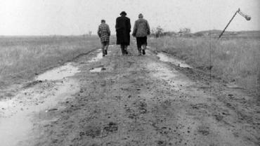 Belá Tarr. Sátántango. Film, 1994. Courtesy of Magyar Filmunió/International Division of the Hungarian National Film Fund