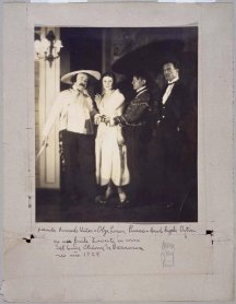 Man Ray. Ricardo Viñes, Olga Picasso, Pablo Picasso and Manuel Ángeles Ortiz, 1924/Vintage print . Photography. Museo Nacional Centro de Arte Reina Sofía Collection, Madrid