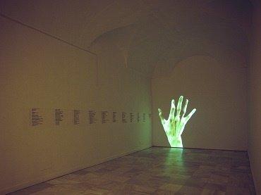 Exhibition view. Antoni Abad. Medidas de emergencia, 1997