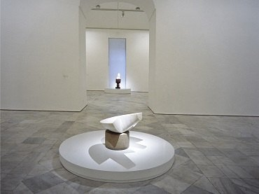 Vista de sala de la exposición. Obras maestras de la colección Guggenheim. De Picasso a Pollock, 1991