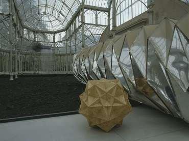 Exhibition view. Funcionamiento silencioso. Olafur Eliasson, 2003