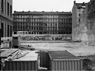 Michael Schmidt, Untitled, Berlin nach 45 (Berlin After 1945), 1980. © Foundation for Photography and Media Art with the Michael Schmidt Archive