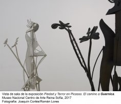Vista de sala de la exposición Piedad y terror en Picasso. El camino a Guernica