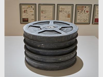 Vista de la exposición Disonata. Arte en sonido hasta 1980, 2020