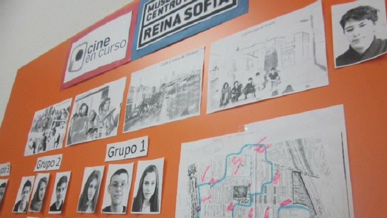 Panel de trabajo situado en el aula
