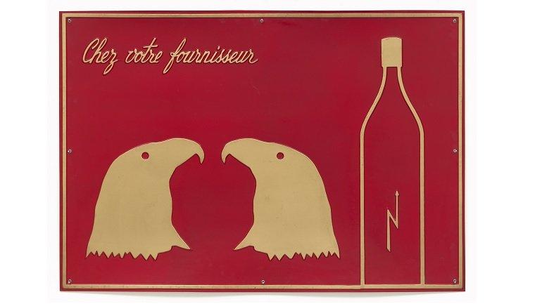 Marcel Broodthaers. Chez votre fournisseur (Le Vinaigre des Aigles) [En su proveedor habitual (Vinagre de águilas)], 1968 © The Estate of Marcel Broodthaers c/o SABAM Belgium – VEGAP 2016
