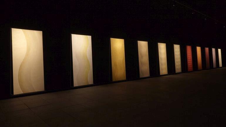 Vista de sala de la exposición Lee Lozano. Forzar la máquina