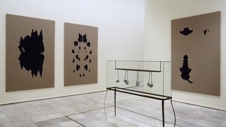 Vista de sala de la exposición. Arte alemán 1960-2000. La Colección Grothe, 2000