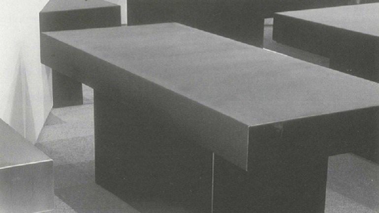 Vista de sala de la exposición. Natividad Navalón, 1995