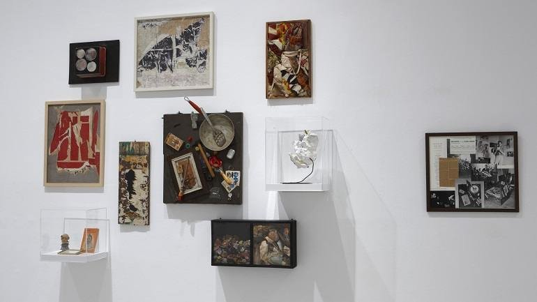 Exhibition view. New Realisms: 1957-1962. Object Strategies Between Readymade and Spectacle, 2010