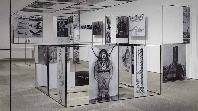 Vista de sala de la exposición Richard Hamilton, 2014