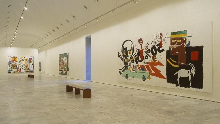 Vista de sala de la exposición. Warhol-Basquiat-Clemente. Obras en colaboración, 2002