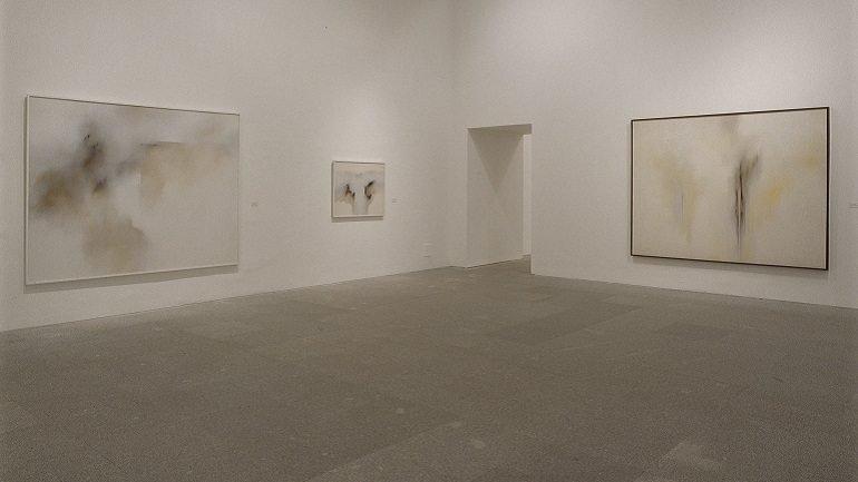 Vista de sala de la exposición. Zóbel, 2003