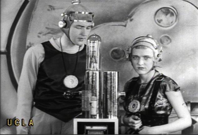 Ciclo de cine El cine de 1930. Flores azules en un paisaje catastrófico